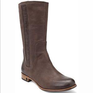 UGG   Annisa Boot